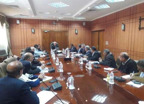 محافظ بورسعيد: تشكيل لجنة فنية للمرور على جميع محطات الصرف الصحي