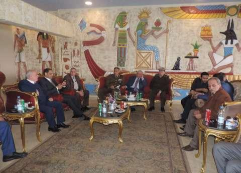 مدير أمن القليوبية يلتقي نواب البرلمان لبحث سبل التعاون