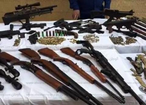 """""""أمن الفيوم"""" يضبط عاملين بأسلحة نارية وذخائر بدون ترخيص"""