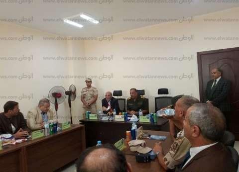 «بدين» يستعرض مراحل مشروع الاستزراع السمكي أمام وزير الزراعة