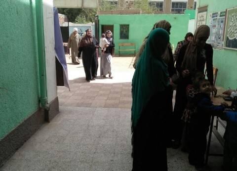 """إقبال كثيف من الناخبين على لجنة """"عبد الحكيم قاسم"""" في البدرشين"""