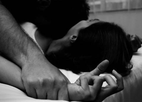 تجديد حبس 3 عاطلين بتهمة اغتصاب فتاة تحت تهديد السلاح في كرداسة