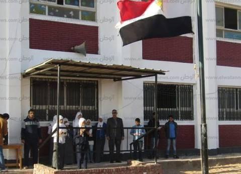 رئيس مدينة أبورديس يتابع سير التعليم بمدرسة عمر بن الخطاب بجنوب سيناء