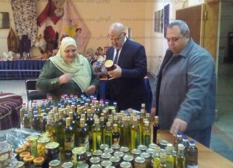 """""""تضامن مطروح"""" تشارك في معرض منتجات الصناعات الصغيرة بمكتبة مصر العامة"""