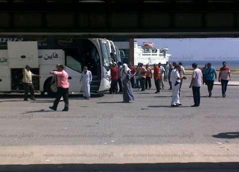 ميناء نويبع: وصول وسفر 905 راكب وتداول 146 شاحنة