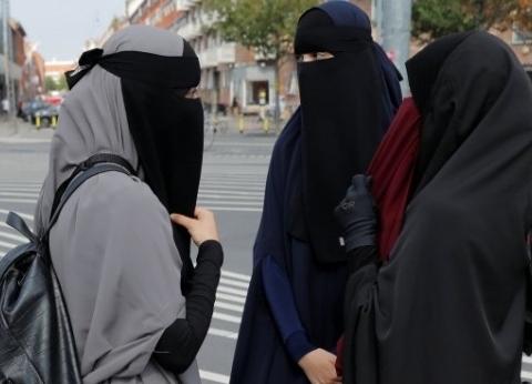 آخرها سيرلانكا.. دول حظرت ارتداء النقاب لأسباب أمنية