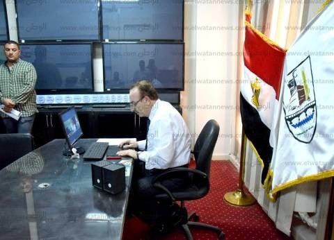 محافظ بني سويف يستعرض الوضع الحالي لمحطات الوقود أمام رئيس الوزراء