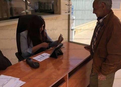 بالصور| توافد المصريين ببيروت للاقتراع.. وتوقع بزيادة الأعداد من الغد