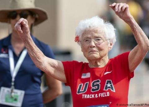 """معمرة أمريكية تحطم رقم قياسي فى سباق الجرى: """"السن مجرد رقم فى البطاقة"""""""
