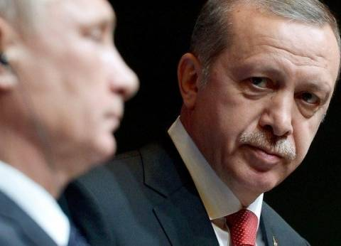بوتين يأمر بمساعدة السياح الروس في العودة من تركيا