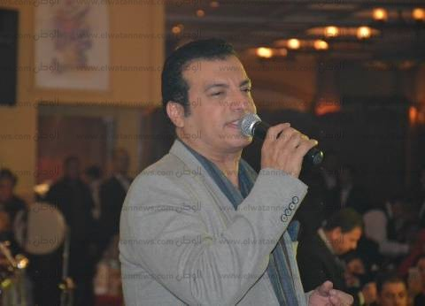 """إيهاب توفيق يحيي 4 حفلات في """"رأس السنة"""""""