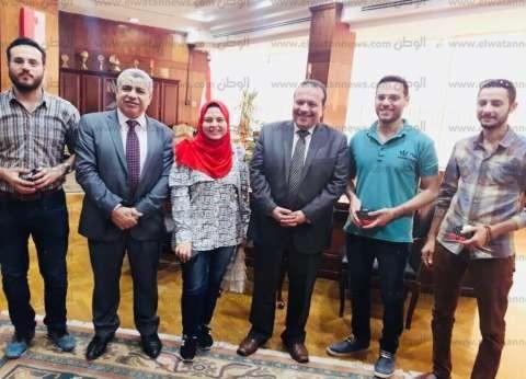 بالصور| رئيس جامعة طنطا يكرّم الفائزبن بالدورة الرمضانية للشطرنج