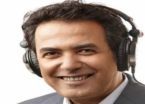 """خيري رمضان: اعتذرت لـمحطة drn لانشغالي ببرنامج """"يوم ويوم"""""""