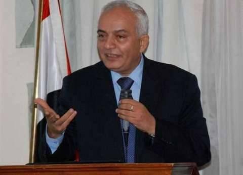"""في أول يوم دراسة.. رئيس """"التعليم العام"""" يلقي كلمة بمدرسة """"أحمد محمود"""""""