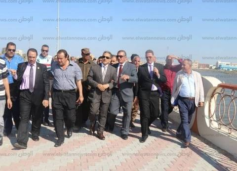 بالصور| محافظ كفر الشيخ ووفد برلماني يتفقدون كورنيش بحيرة البرلس