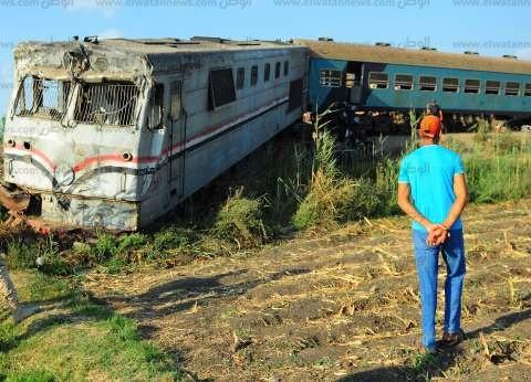 """اصطدام عربيتين لقطار الركاب بآخر من """"البضائع"""" وراء حادث قطاري البحيرة"""