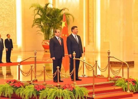 عاجل|  السيسي يلتقي رئيس الوزراء الصيني في دار ضيافة الدولة