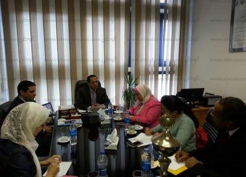 رئيس جامعة دمنهور يستقبل وفدا من المجلس القومي للمرأة