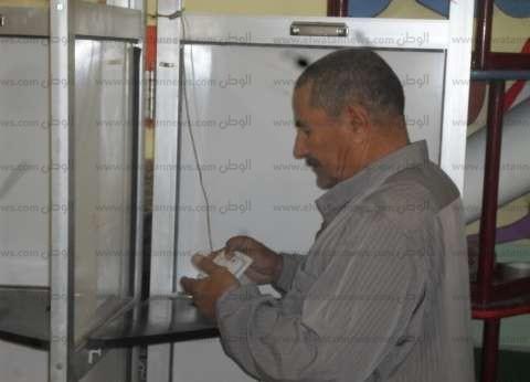 رئيس لجنة الفرعية بالمرج: جميع الناخبين من كبار السن و20 مواطنا أدلوا بأصواتهم فقط