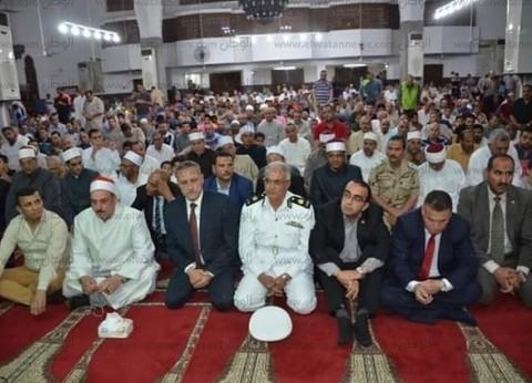 بالصور| محافظ الإسماعيلية يشهد الاحتفال بليلة القدر في مسجد الشهداء
