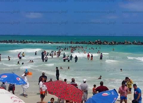 مصرع عامل غرقا في شاطئ النخيل بالإسكندرية: جرفه التيار