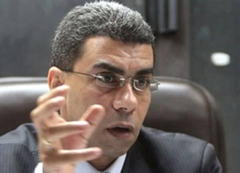 عاجل| ياسر رزق يعترض على مقترح احتجاب الصحف