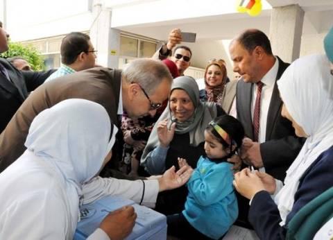 محافظ القليوبية يفتتح حملة التطعيم ضد شلل الأطفال بالمركز الطبي ببنها