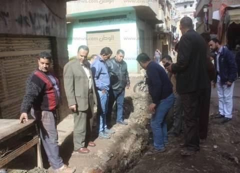 بالصور| رئيس مدينة دسوق يوجه برفع الإشغالات وإصلاح الصرف الصحي