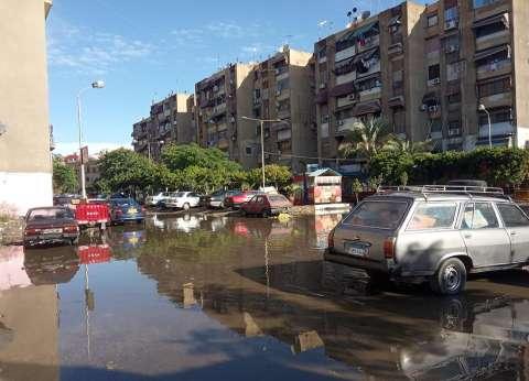 سقوط أمطار بالعين السخنة وطوارئ بالسويس.. والمحافظ: مستعدون
