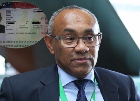 عاجل| أحمد أحمد يتدخل لحل أزمة توقف مباراة الترجي والوداد بنهائي دوري أبطال أفريقيا