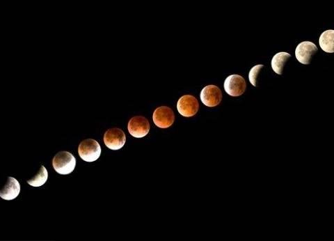 """""""القمر الدموي"""".. بين التفسيرات العلمية والمعتقدات الدينية"""