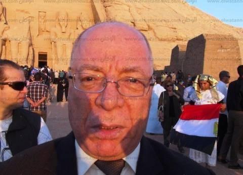 """""""النمنم"""" يقف دقيقة حدادا على أرواح الشهداء باحتفالية نصر أكتوبر"""
