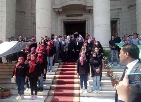"""جامعة القاهرة تبدأ العام الدراسي الجديد بـ""""عزف السلام الوطني"""""""