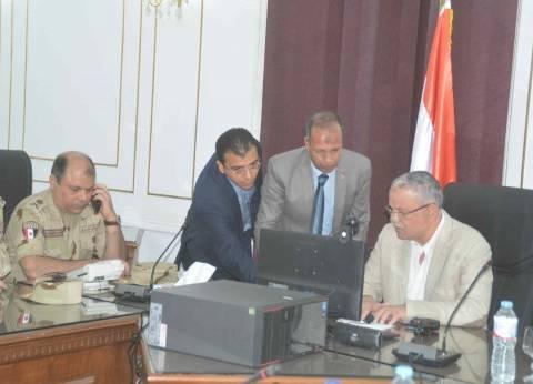 """محافظ المنيا """"يترأس"""" غرفة عمليات الانتخابات الرئاسية"""