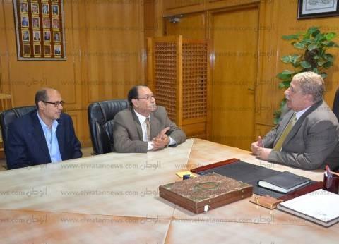 محافظ الإسماعيلية يستقبل رئيس الإدارة المركزية للمديرية المالية