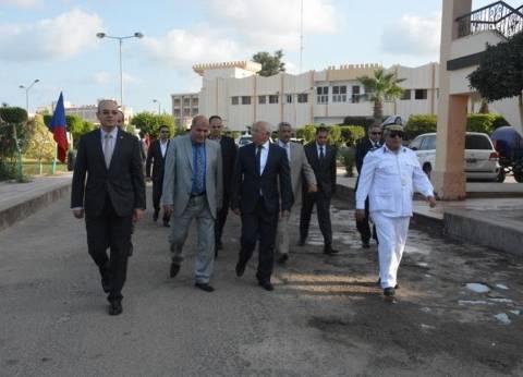 محافظ بورسعيد يشيد بالأمن ويهنئهم بعيد الأضحى
