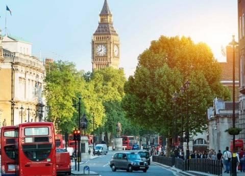 بريطانيا تسجل أول فائض بالموازنة منذ 15 عاما