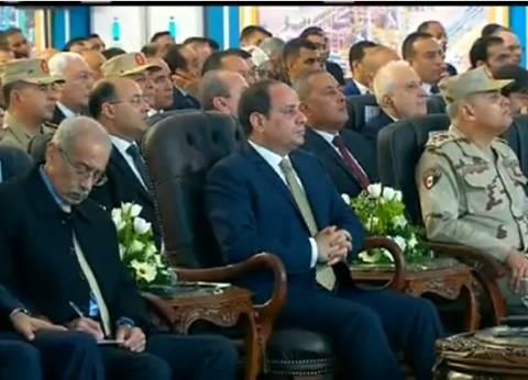 """عاجل  السيسي: """"قبل ما حد يفكر يلعب في أمن مصر يخلص مني الأول"""""""