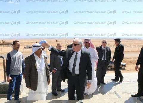 محافظ جنوب سيناء يتفقد ميادين شرم الشيخ استعدادا للعيد القومي