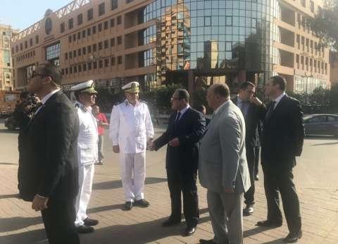 وزير الداخلية يتفقد الخدمات الأمنية في ميدان هشام بركات