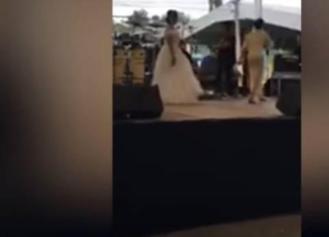 بالفيديو  عروس تبث حفل زفافها على التواصل الاجتماعي بدون عريس