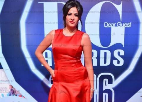 """ياسمين عبدالعزيز أفضل ممثلة كوميدية في استفتاء """"دير جيست"""""""