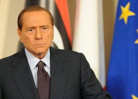 إيطاليا: برلسكوني يتعهد بطرد 600 ألف مهاجر غير نظامي