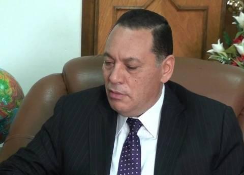 """محافظ الشرقية يقيل مسؤولين لعدم جاهزية مدرسة: """"مش هتعدي على خير"""""""