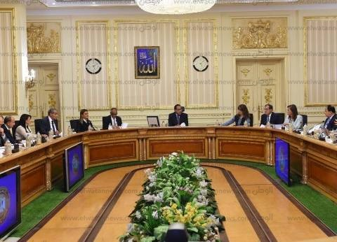 عاجل| مجلس الوزراء يفعل غرفة عمليات لمتابعة الأحوال الجوية