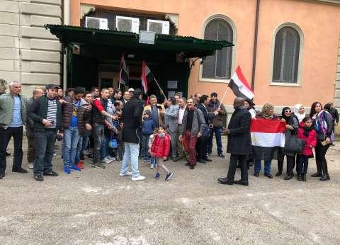انتهاء تصويت المصريين في إندونيسيا وبدء فرز الأصوات