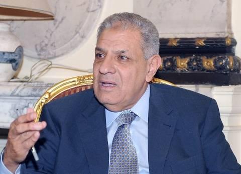 محلب يتفقد مشروع استصلاح الأراضي الصحراوية غرب المراشدة بقنا