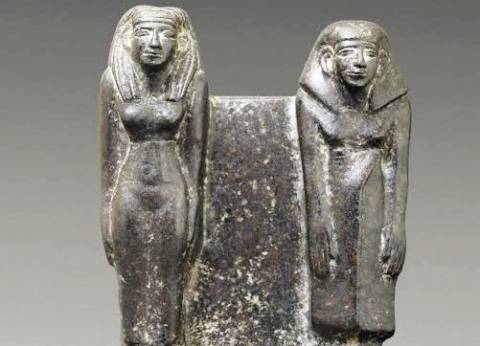 العثور على تمثال أثري بحوزة شخصين أثناء تفتيشهما في كمين بشبرا