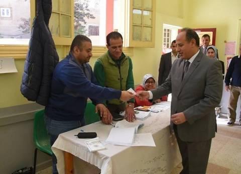 استبدال رئيس لجنة تعرض لوعكة صحية ونقله للمستشفى في الإسكندرية
