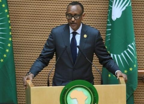 يُسلم رئاسة الاتحاد الإفريقي لـ«السيسي».. من هو بول كاجامي؟